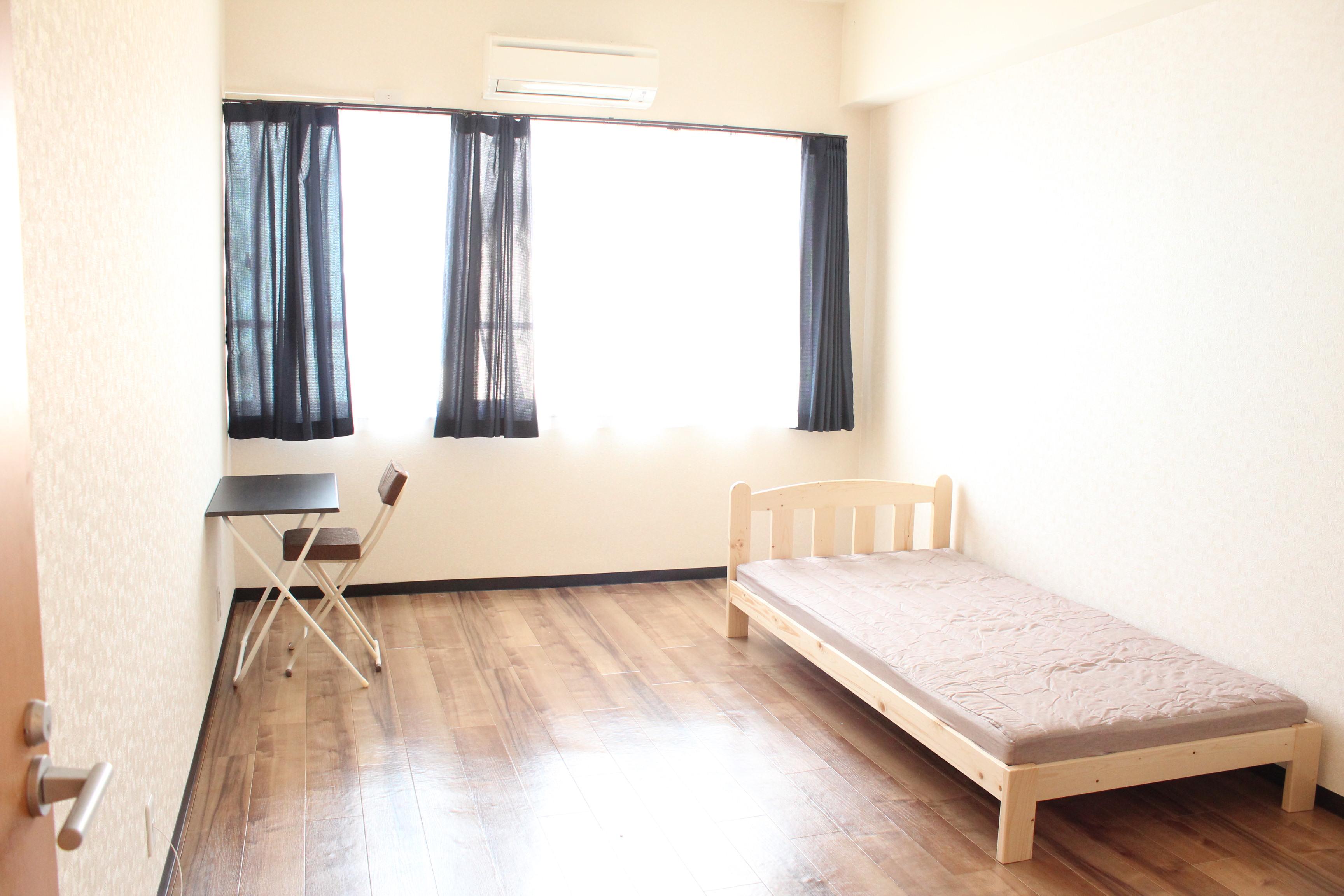 202 single room