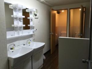 2F_トイレ洗面台